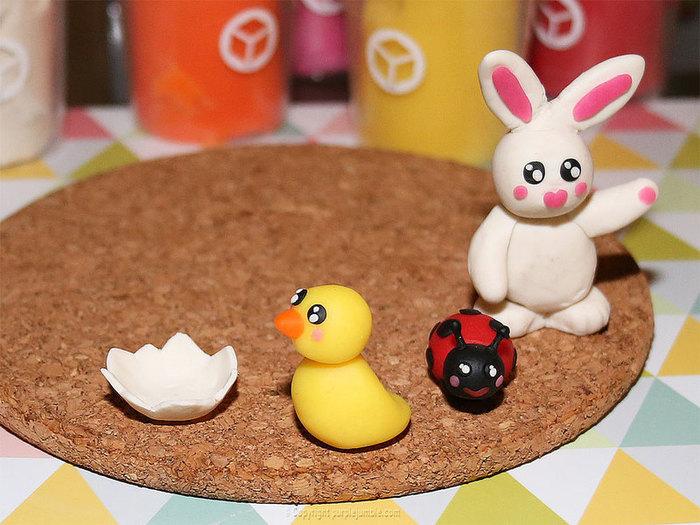 Jardin merveilleux et chasse aux œufs de Pâques-Modeler des animaux mignons