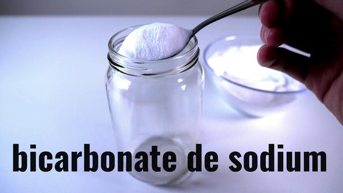 Fabriquer une lampe à lave-Bicarbonate et huile