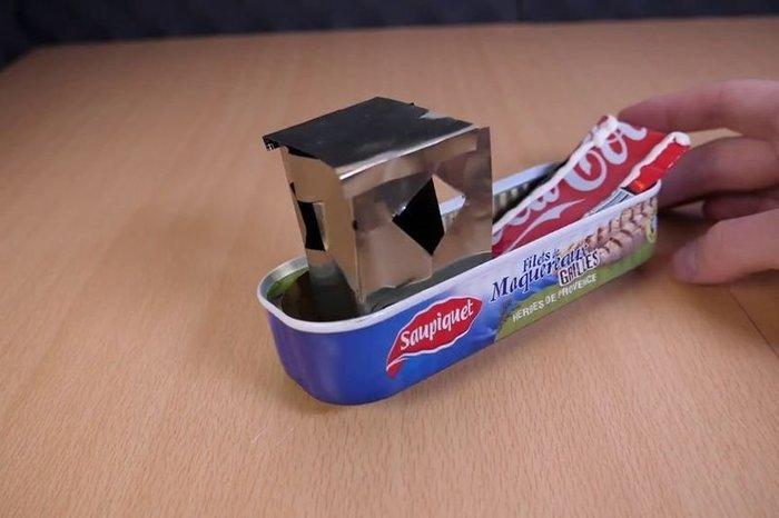 Réaliser un bateau à moteur Pop Pop à partir d'objets du quotidien -Bateau