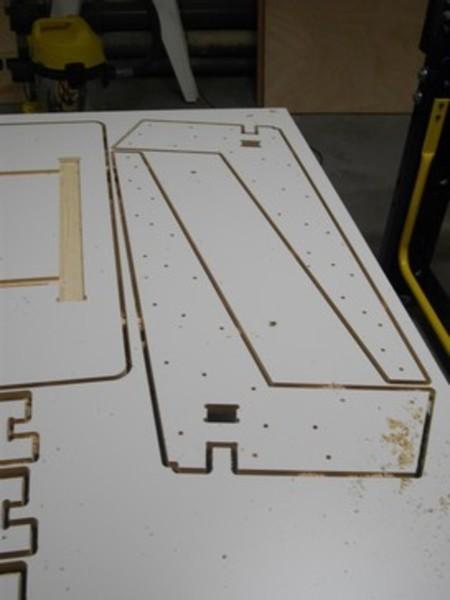 """Bureau en bois inspiré """"OpenDesk""""-Découpe des éléments"""