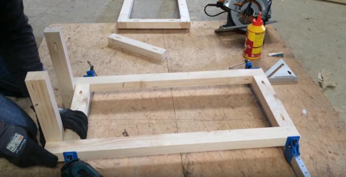Un établi tout simple pour perçeuse à colonne-Préparation et assemblage