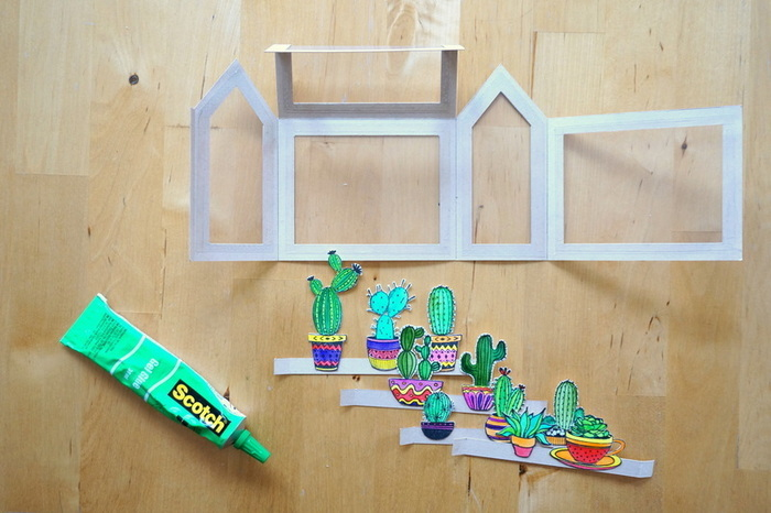 "Carte pop-up ""mini-serre à cactus""-Monter la carte"