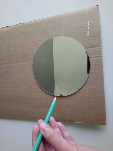 Miroir licorne-Le support
