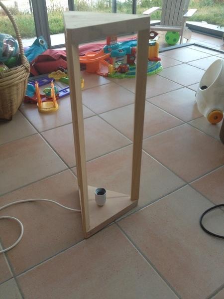 Jeux de corde et lumière-Assemblage et équipement électrique