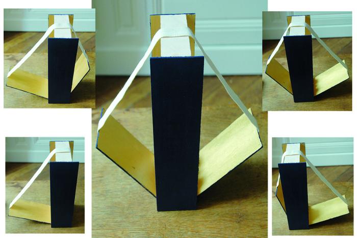 La lampe baladeuse (avec une cagette et sans clous ni vis)-OOOh... C'est fini ! La lampe à géométrie variable.