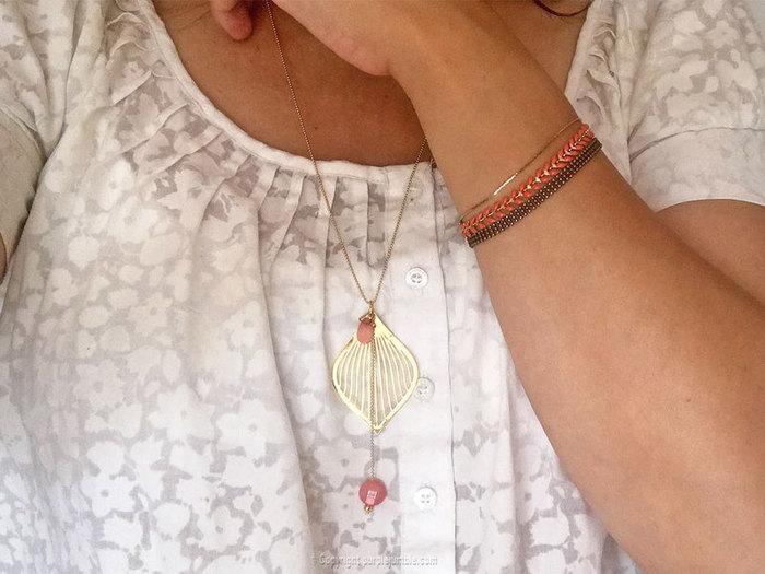 Parure de bijoux fantaisie dorés pour l'été-Une parure aux couleurs lumineuses !