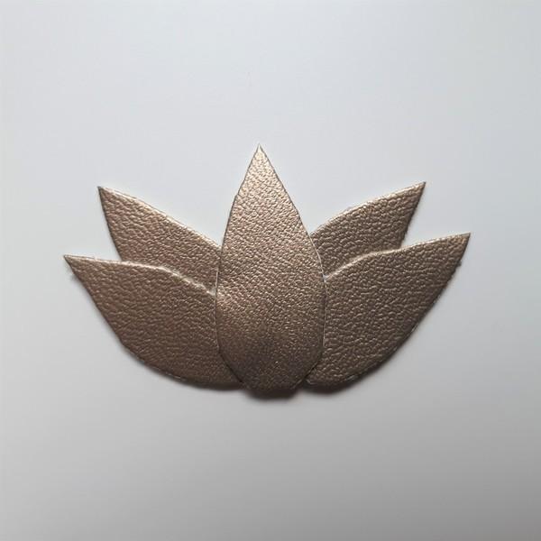 Trio de broches végétales et métallisées-[Lotus ] Découpe et assemblage