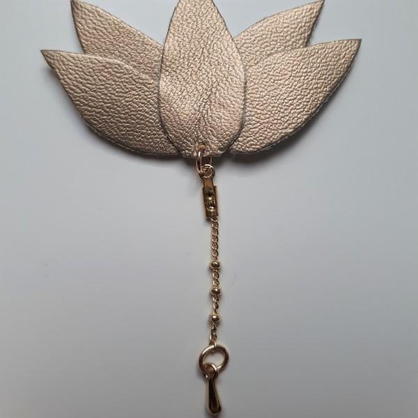 Trio de broches végétales et métallisées-[Lotus] La chaîne