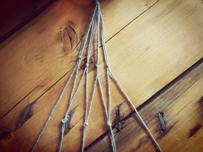 """Tutoriel DIY """"Le bois fleuri""""-La suspension en macramé : Confection & Résultat"""