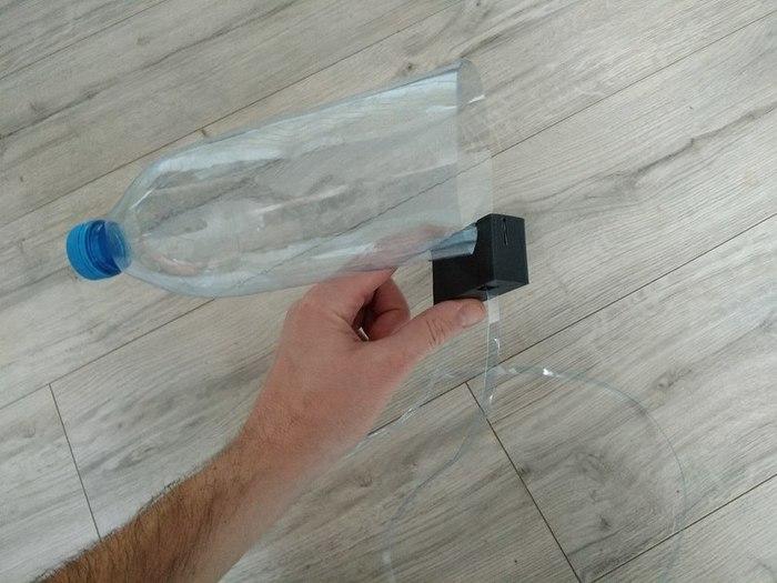 Recyclez vos bouteilles d'eau avec le Bottle Loop -Utiliser et améliorer le bottle loop