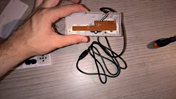 Fabriquer une manette de nes officielle USB-Assemblage de la manette