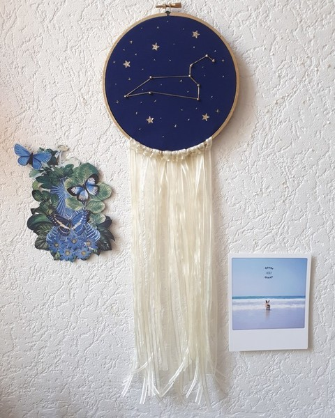 Broderie constellation étoilée-Terminer le tambour