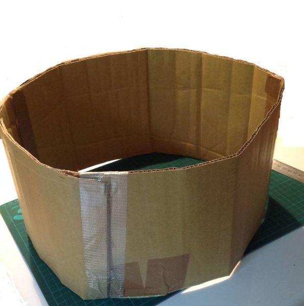 Panier pour chat en papier recyclé-Monter le panier et tresser