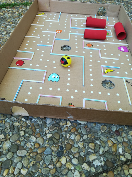 Jeu Pac Man version labyrinthe géant-A vous de jouer