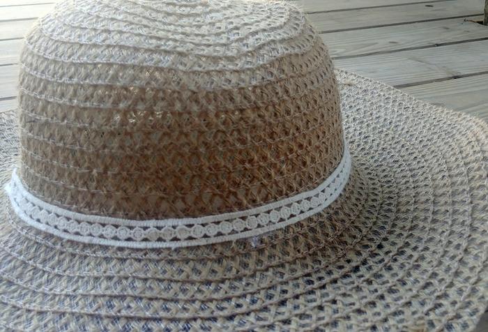 Customisation expresse d'un chapeau de paille-Préparation