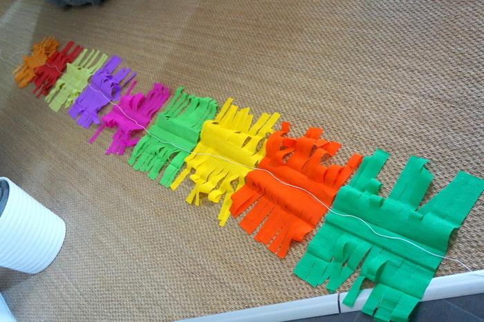 Guirlande à franges style piñata-Assembler