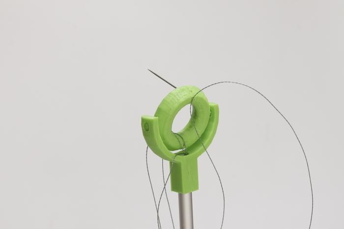 Assemblage d'une fleur à moteurs-Articuler la fleur