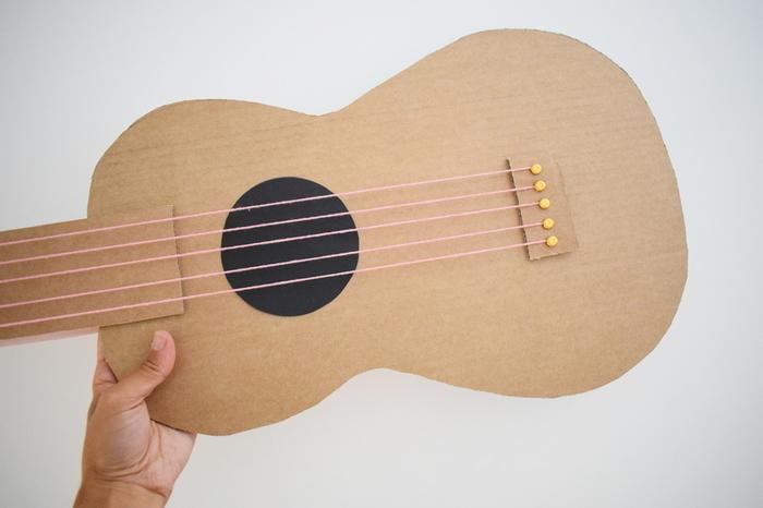Une guitare qui cartonne-Final