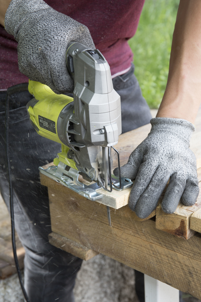 Créez une jardinière en palette !-La préparation des planches