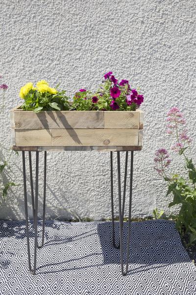 Créez une jardinière en palette !-La touche finale