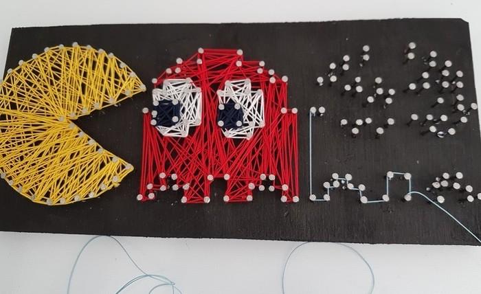Cadre Pac-man en fil tendu (string art)-Etape 3 : Tendre le fil