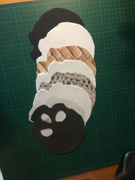 Carnet Crâne et reliure japonaise-3. Découpage de l'ensemble des feuilles composant le carnet