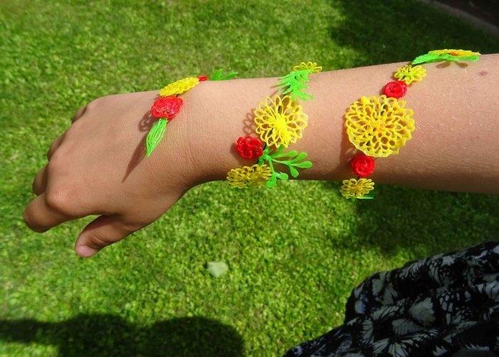 Bracelet fleuri au stylo 3D-Terminé!