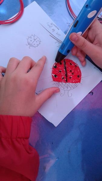 Barette-Coccinelle au stylo 3D -Reproduire les modèles séparément
