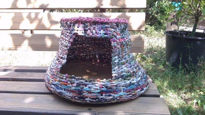 Panier pour chat en papier recyclé-La finition du panier