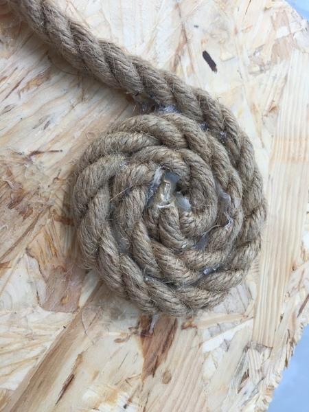 Un vide poche en corde-Le démarrage: le fond