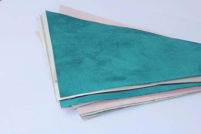 Tapis en suédine au design scandinave -Découpe du tissu