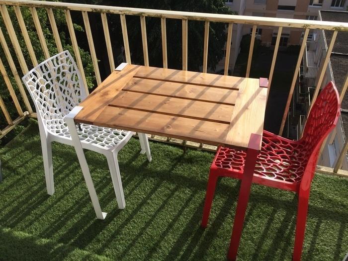 Une table démontable pour le balcon-Rendu final