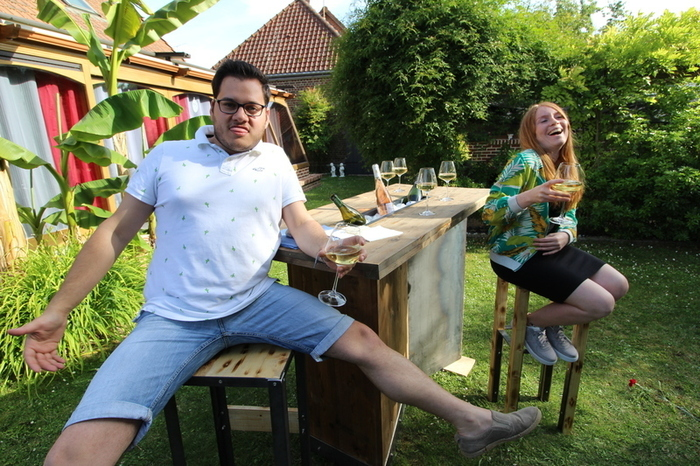 Table Ulko-L'ensemble + photos bonus