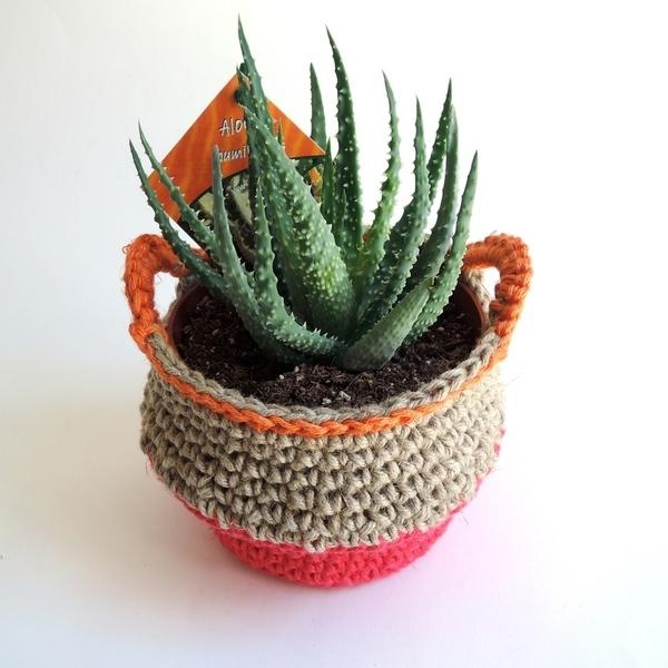 Panier joli pour plante-Les anses