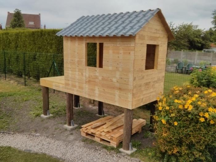 Cabane en palettes pour enfants-Le toit