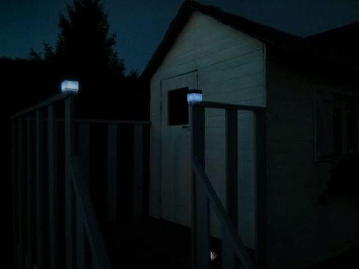 Cabane en palettes pour enfants-Eclairage solaire à LED