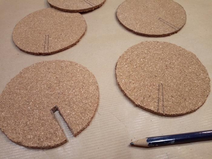 Des dessous de verre cactus-La découpe des encoches - Part 2