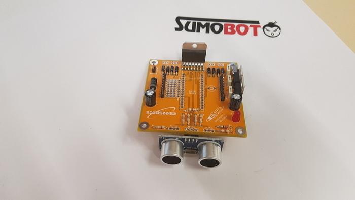 Construisez votre robot Sumobot-Soudage du capteur ultrason