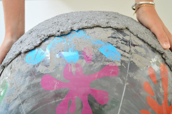 Créer un brasero en béton-Moulage du brasero