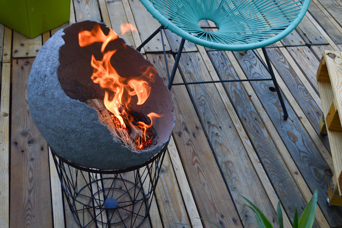Créer un brasero en béton-Allumer le feu!!