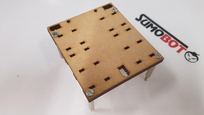 Construisez votre robot Sumobot-Assemblage du châssis