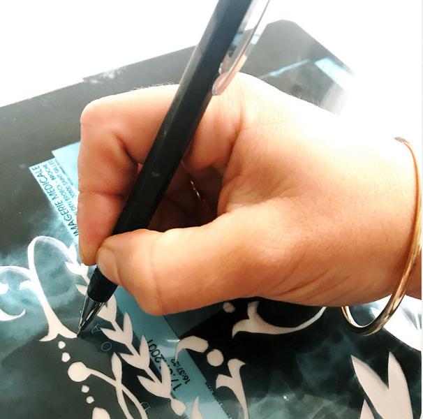 Parure de lit monogrammée , comme le linge d'antan-Report du motif sur le textile