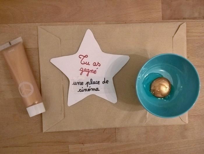 Le calendrier de l'Avent étoilé (et ses surprises à gratter)-On prépare les étoiles à gratter!