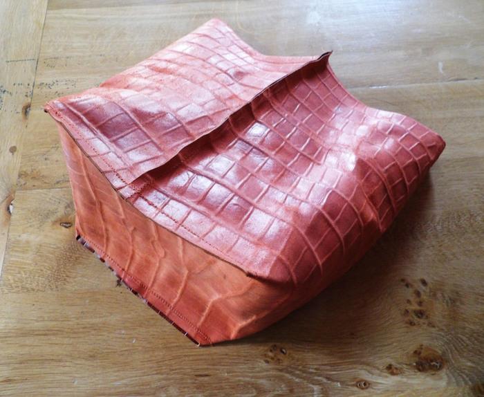 sac seau en cuir super facile  -assemblage