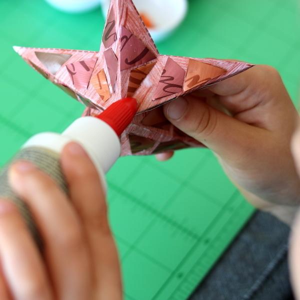 Des étoiles de Noël en 3D (et en capsules de café !)-... façon mosaïque !