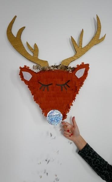 Le trophée renne façon piñata-Tadam !