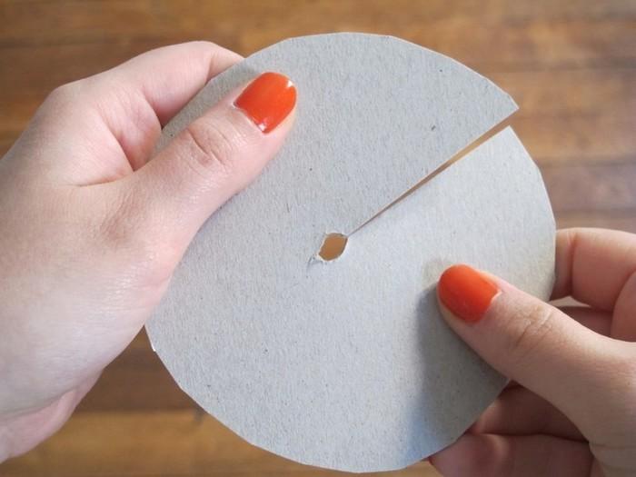Abat-jour origami -Cercle en carton pour isoler l'ampoule