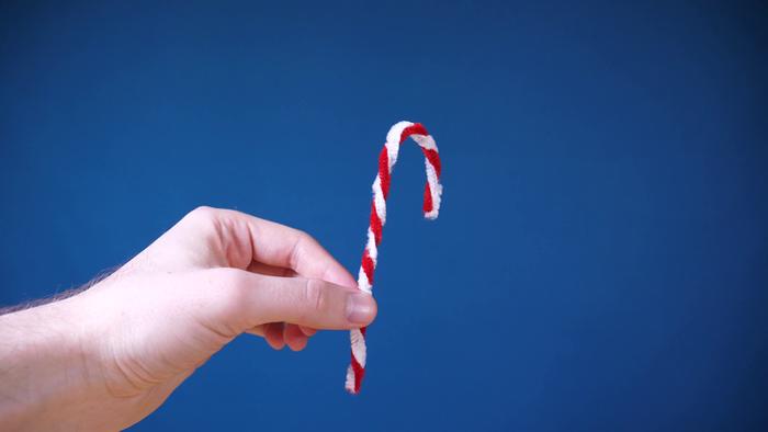 Déco de Noël Cristallisée-Préparer des formes avec des cure-pipes