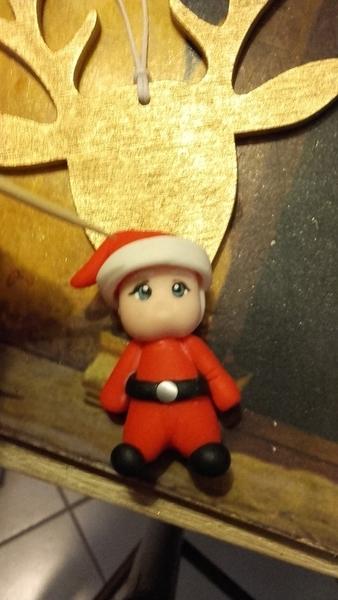 Suspension sapin père noël en porcelaine froide et sa clef magique-Fourrure du bonnet et des manches