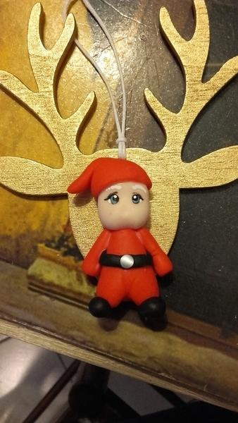 Suspension sapin père noël en porcelaine froide et sa clef magique-Le bonnet